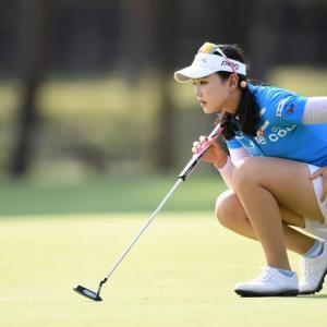 女子ゴルフってなんでミニスカートなの?