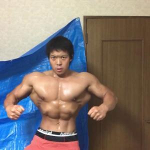 日本一骨格に恵まれた筋トレYouTuberの体がこれ、感想よろ
