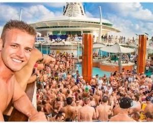 【画像】金持ちまんさん達がクルーズ船貸し切ってエッチなクルーズ旅行をする