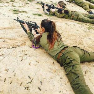 【画像】世界最強軍イスラエルの兵士たちがこちらwwwwwwwwwwwwwwwwwwwwwwwwwwwwww