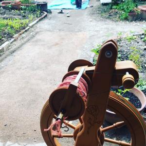 子ども達の気配を 感じながら #糸紡ぎ