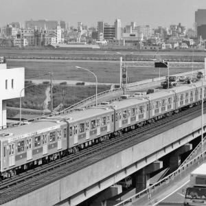 大阪市営地下鉄50周年記念列車(1983/5撮影)
