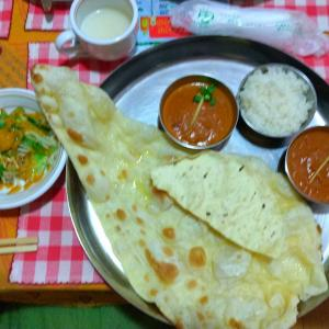 ネパールかぁ。。。カレーとナン