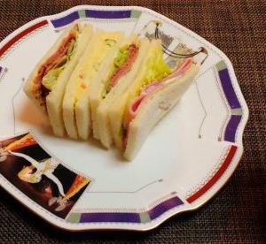 日々ごはん3回分まとめ記事☆レーズンデニッシュ&焼き鯖・ローストビーフサンドイッチ