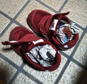 臭い靴には