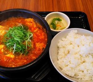 韓丼のスン豆腐チゲ定食