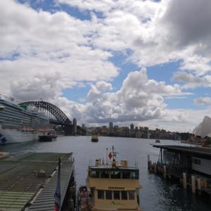 最近のシドニーの空&服装