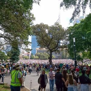 10/26 シドニーで大規模デモ