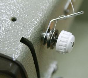 BROTHER TA2-B623 Special3 ブラザー職業用ミシンのカスタム サブテンション付き第一テンションとマジックカケMK-10と四つ折りバインダーの取付 サブテンション付き第一テンションの巻き