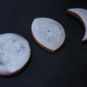 月のアイシングクッキー