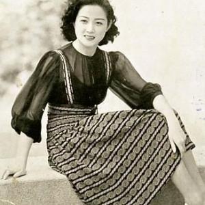 桑野通子さん 白黒写真のカラー化