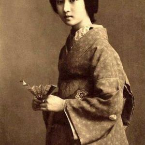 明治、大正期の美人芸妓「さかえ」白黒写真のカラー化2