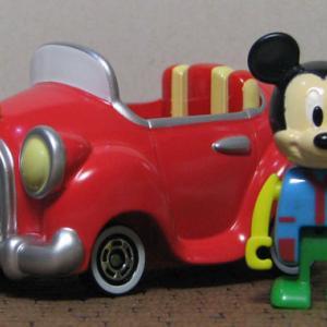 ミッキーマウスの車 (Disny Vehicle Collectionより)