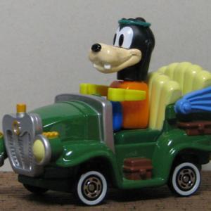 グーフィーの車 (Disny Vehicle Collectionより)