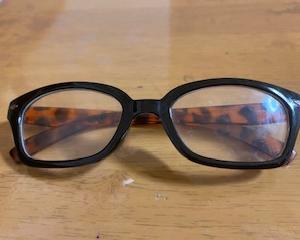 実家の母からビデオ通話♪ セリア・老眼鏡