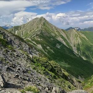 白峰三山+南嶺☆3000m峰の天空のロングコースを縦走(7月21日空2日)