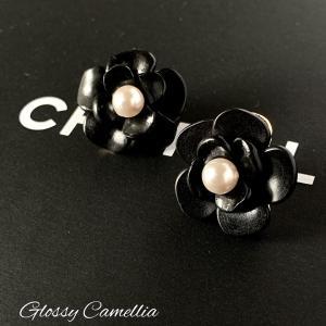 ●Glossy Camelliaピアス●