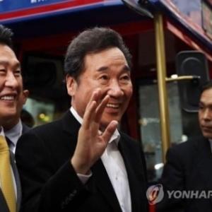 【朝日新聞】対韓輸出、訪日韓国人客とも急減。ごまかせぬ隣国関係の現実だ。「即位外交」で、首相の外交自慢が試される