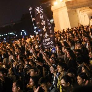 【台湾】「香港に栄光あれ」台湾語で2万人が大合唱 香港支援のコンサート