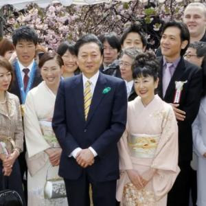 鳩山由紀夫「私も首相の時に桜を見る会に地元支援者を招待していたが、選挙目的ではないのでセーフ」