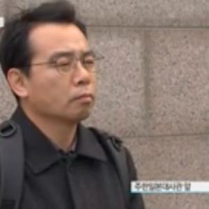 【日本大使館前】水曜集会の隣で『少女像撤去』求める1人デモ