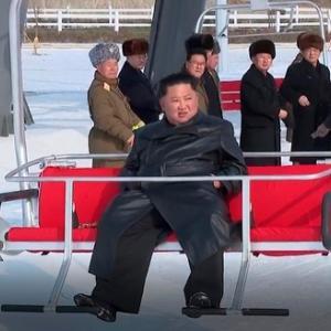 【ムン悲報】北朝鮮が文大統領を酷評「海外に半島の平和を依頼する愚かな行為ばかり行っている」