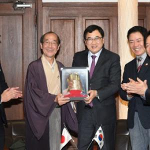 【非難殺到】日本の姉妹都市京都市に防疫物資を提供した韓国慶州市長「無条件の反日ではなく、未来志向的な克日という点を切に呼びかけたい」