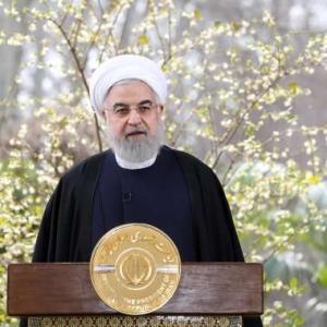 イラン大統領「韓国による原油輸出代金の凍結は容認できない」