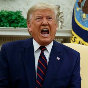 【無慈悲w】トランプ大統領、対北朝鮮制裁1年延長…「非常かつ重大な脅威」