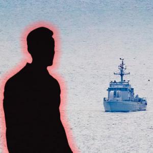 海上で北朝鮮軍に射殺されて燃やされた韓国の公務員、借金苦で北に逃亡か?