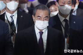 中国外相が韓国外相との会談に遅刻、「道が混んでいた」と嘘まで?=韓国ネットが激怒「韓国を見下している証拠だ」