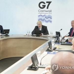 【G7】菅総理が文大統領に遭遇