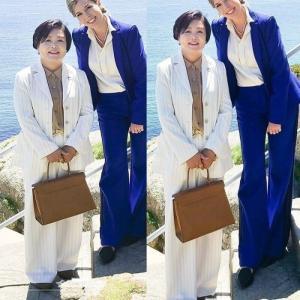 【朗報】韓国大統領府、文大統領夫人の写真を8頭身に加工し公式サイトに掲載