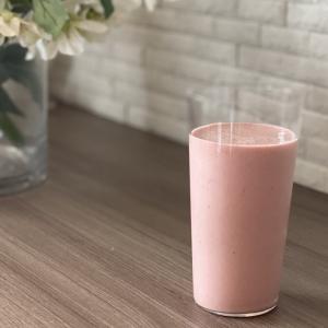朝の1杯で身体が変わる?「ピンクスムージー」とは?