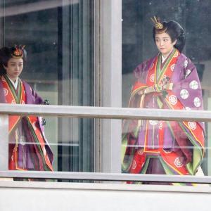 佳子さまの十二単姿やはり皇族の美しさ
