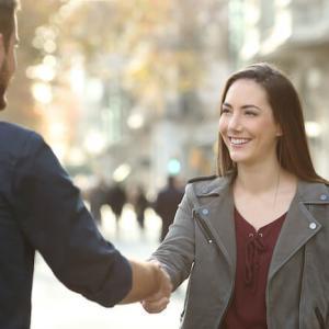 「第一印象が悪い」と恋愛で損をする!簡単にできる解決方法は?<br />