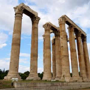 たくさんの絶景を見てきた私たちも感動!アテネの神殿と世界の絶景サントリーニ島