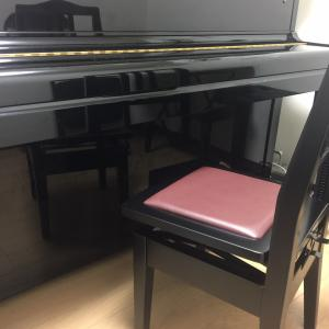 ヤマハの本格ピアノ椅子!!大枚はたいて導入しましたが・・・・♪♬??