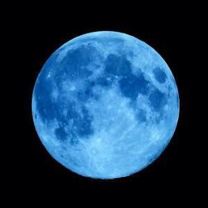 【牡牛座満月】幸運を呼ぶブルームーン♡豊かさを手にいれる準備を!