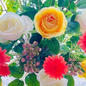 それぞれの花時間です¨̮♡︎ そして今月のレッスン予定◡̈⃝︎⋆︎*