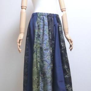 新作のロングスカート♪