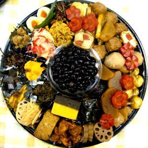 帰省のお客様で賑わった週末 帰省の機会に「おせち」の予約を入れて頂いているお客様もいるのです    健康食工房たかの 自然食レストラン Vegan Macrobiotic Vegetarians Restaurant Takano