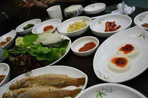 釜山で食べた!慶州名物サムパブ!