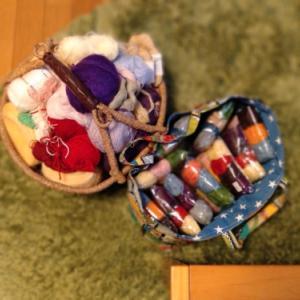 毛糸整理とモチーフ編み