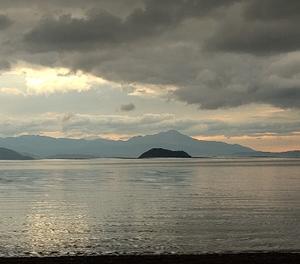 金曜日~琵琶湖の朝