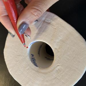 トイレットペーパーの取り換え問題に立ち向かう