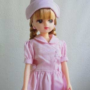 ピンクのナース服
