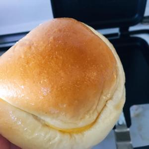 ホットサンドメーカーでクリームパンを焼いて見た!