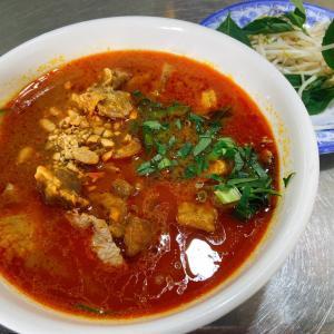 ホーチミンで人気の麺の異色バージョン?! ~ Hu Tieu Sa Te My Tho Minh Quan