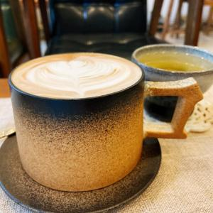 ホーチミン市内にいくつかある、こじんまりカフェ ~ The 1985 Tea and Coffee